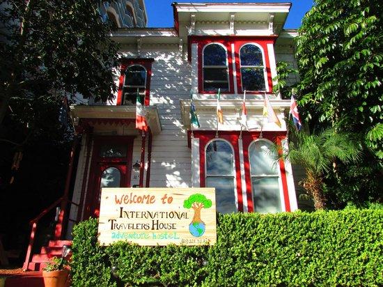 ITH Adventure Hostel San Diego: Fachada do Hostel