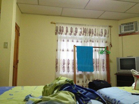 Germania Casa de Hospedaje: Mi habitacion