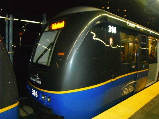 SkyTrain : New Sky Train cars