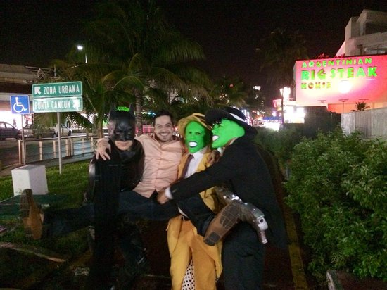 Coco Bongo Cancun: Batman and 2 the mask outside of coco bongo show and disco
