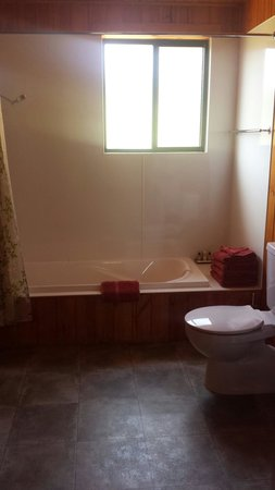 Heimat Chalets: Cottage bathroom