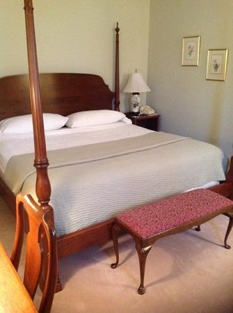 Geneva on the Lake: Bedroom