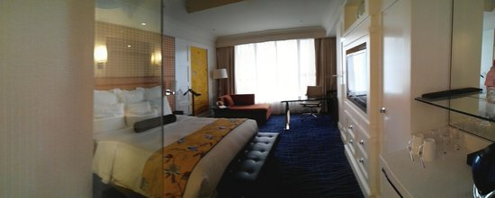 JW Marriott Hotel Hangzhou: Panaroma of our room. Quite relaxing!