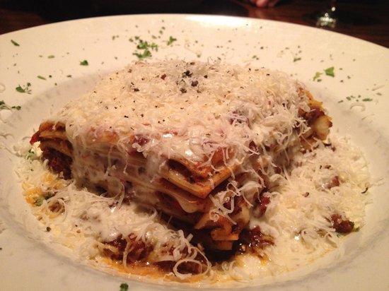 Tello Italian Bistro: Lasagne alla Bolognese