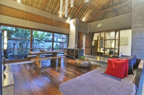 Luwak Ubud Villas : Living Two Bedroom Garden