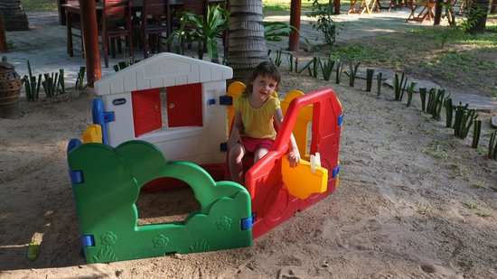 Thai Hoa Resort: Детский городок