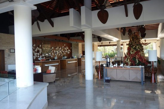 The Westin Golf Resort & Spa, Playa Conchal: Main Check in Area (up the hill)