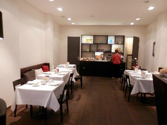 Hotel NI-MO: Breakfast Room