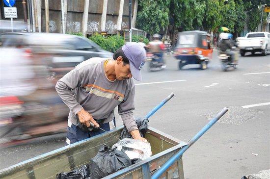 Jakarta Old Town: The Ice man