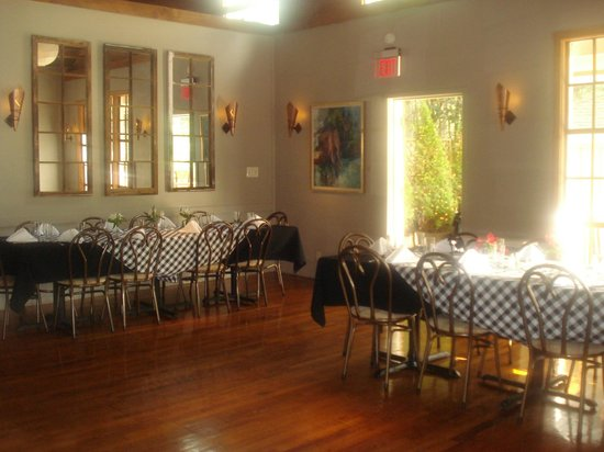 On the Veranda Restaurant : The Main Dining Room