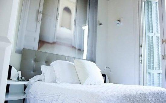 El Palauet Living Barcelona: Bedroom 2