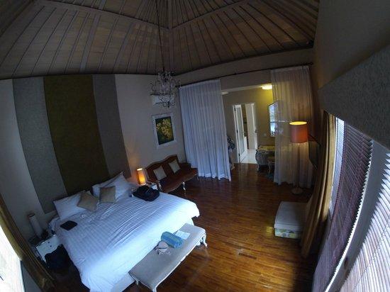 Kamuela Villas Seminyak: Villa #1 room 1