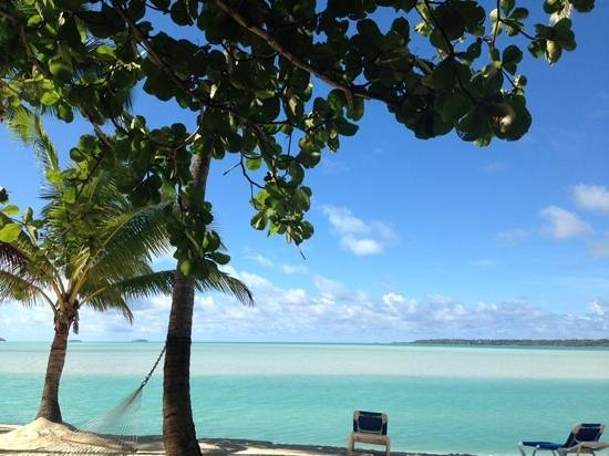 Aitutaki Lagoon Resort & Spa: Perfection a view from our room
