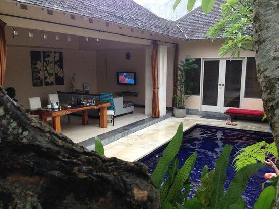 Kamuela Villas Seminyak: Outdoor area