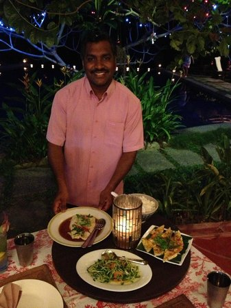 Tiger Rock: Mohan introducing dinner