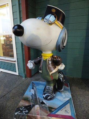 Hyatt Regency Sonoma Wine Country: Santa Rosaの街にちりばめられたスヌーピーの仲間たち