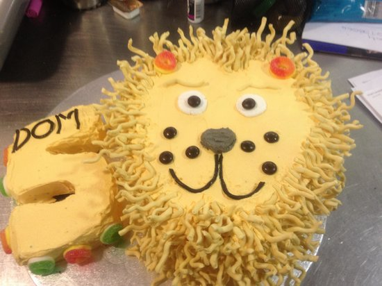 Espresso Love Cafe : Birthday cakes