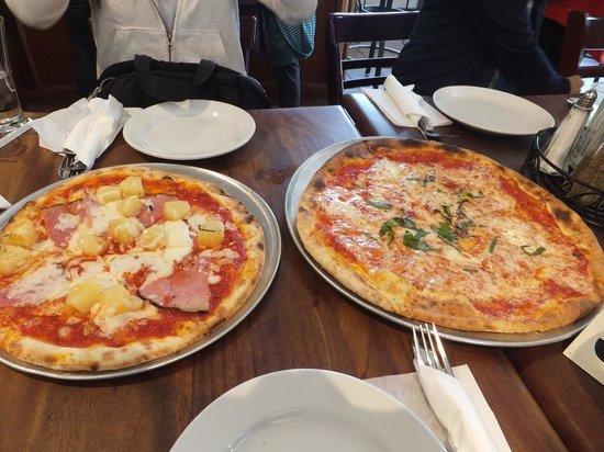 Taste of Rome : 本格派ピザ、大きさは日本で言うとLLサイズ!!