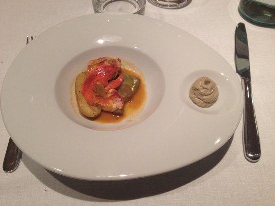 Restaurant Umami: Astice con carciofini e patate novelle