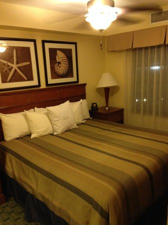 Homewood Suites by Hilton San Diego Airport - Liberty Station: Bedroom