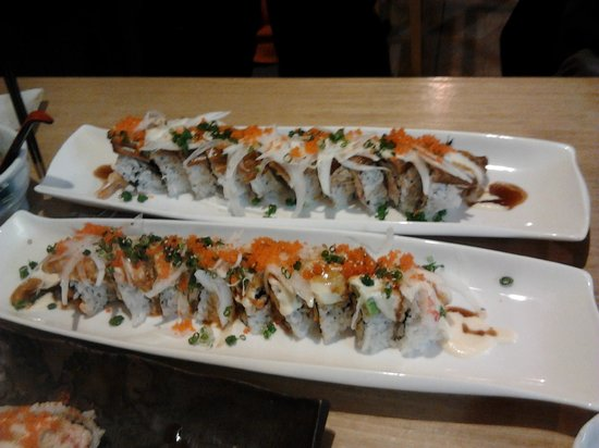 Sushi Berry: Sushi Rolls....unbelievable!