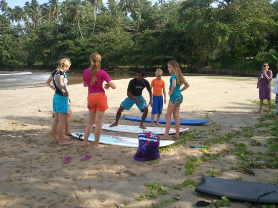 Bandula Surfing School