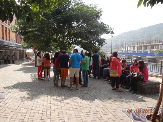 The Waterfront Shaw, Lavasa : chilling out with freinds near water front shaw hotel