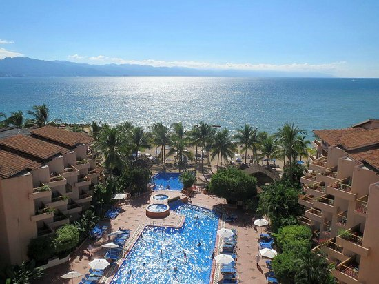 Friendly Vallarta All Inclusive Family Resort: View from our room on the 6th floor