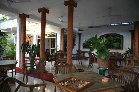 Castle Bay Resort: в такой приятной атмосфере еда еще вкусней