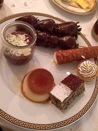 Il Barocco: dessert choices ;)
