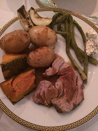 Il Barocco: lamb roast cooked to perfection