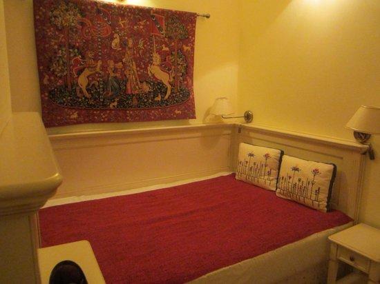 Merchant's Yard Residence: дополнительная кровать