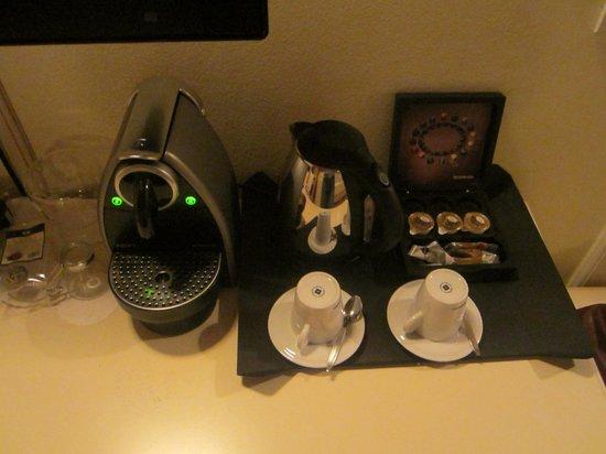 Merchant's Yard Residence: кофе, чай
