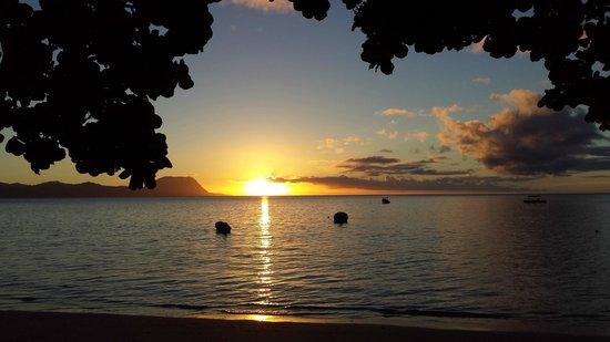 Matana Beach Resort - Dive Kadavu : Evening Sunset
