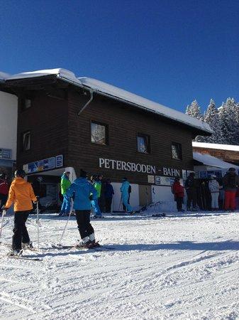 Skischule Exclusiv Berg - Oberlech GmbH: Petersboden