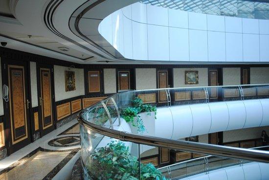 Emirates Concorde Hotel And Residence Dubai