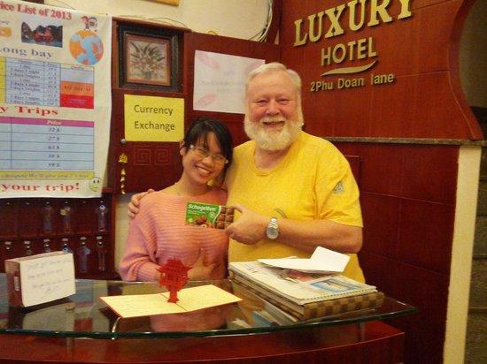 Luxury Hotel: Herzliche Verabschiedung ;-)