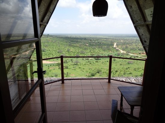 Zomeni Lion Hill Lodge: Balcony