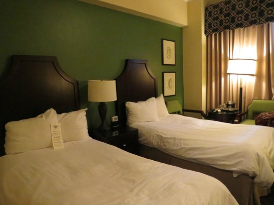 Chancellor Hotel on Union Square: Twin beds