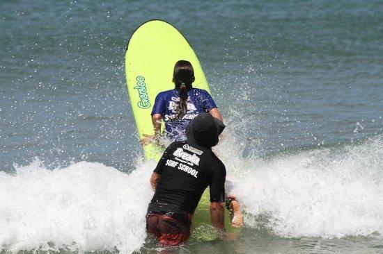 SilkySurf: Learn to Surf @Caloundra