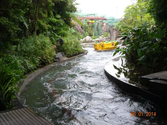 water ride - Picture of Universal Studios Singapore ...