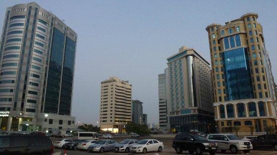 Plaza Inn Doha: Vista dall'Hotel -1