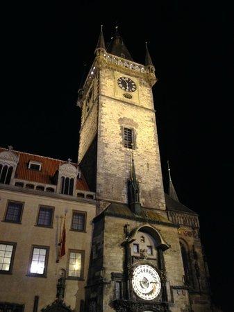 Dolce Vita Suites: piazza orologio