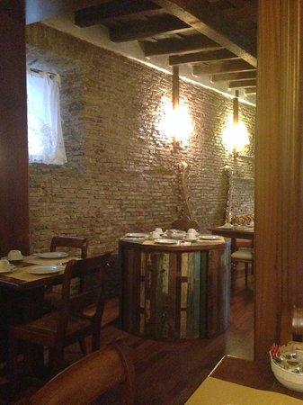 Antica Locanda: salle du petit déjeuner