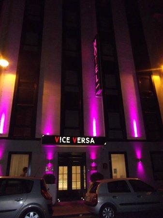 Hotel Vice Versa : The entrance