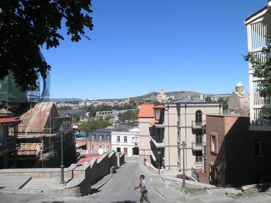 Envoy Hostel and Tours: View from out front