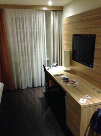Star Inn Hotel Salzburg Gablerbrau: Stanza