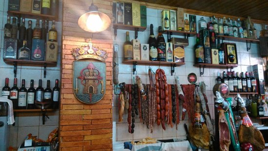 Totana, Spain: La barra de Paco
