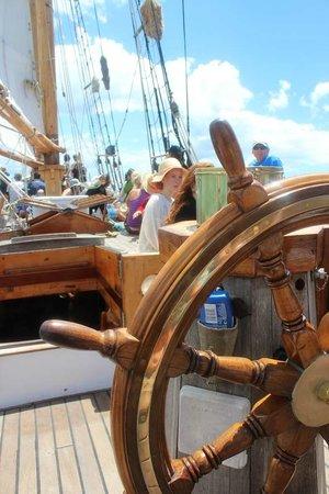 R. Tucker Thompson : Steer the Boat