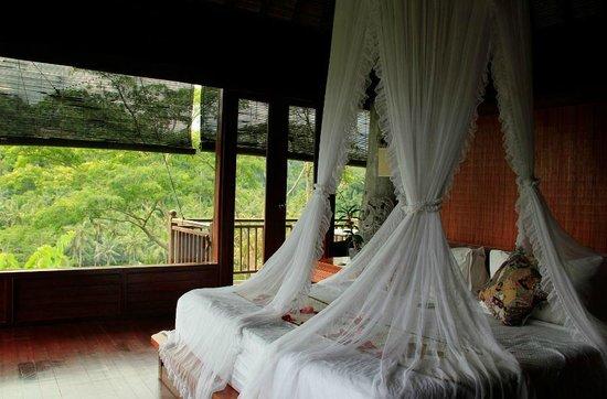 Kupu Kupu Barong Villas and Tree Spa: Bedroom